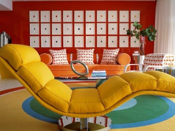 sehr-kreative-wandfarben-ideen-moderner-gelber-liegestuhl
