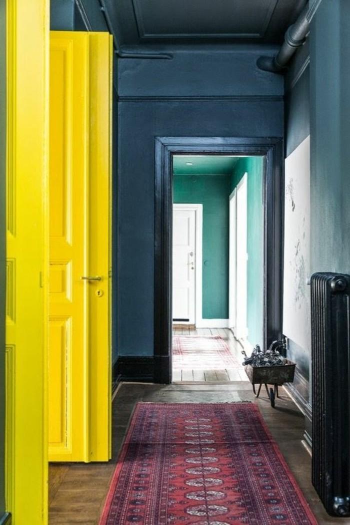 sehr-schöne-interessante-wandfarben-vorschläge-gelbe-türe