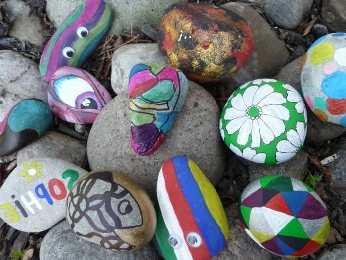 steine-bemalen-auch-die-kleinen-kinder-können-solche-steine-bemalen
