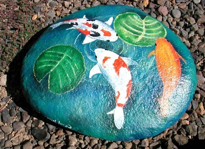 steine-bemalen-fische-auf-einen-stein-malen