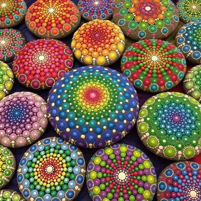 steine-bemalen-solche-steine-können-eine-gute-geschenkidee-sein