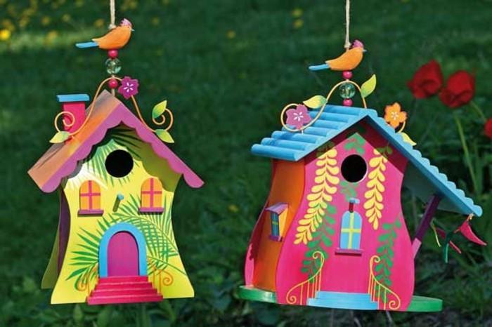 vogelfutterhaus-selber-bauen-bunte-vogelhäuser-selber-bauen