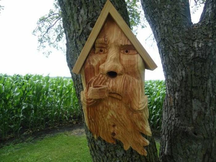 vogelfutterhaus-selber-bauen-ein-märchenhaftes-vogelhaus-selber-bauen
