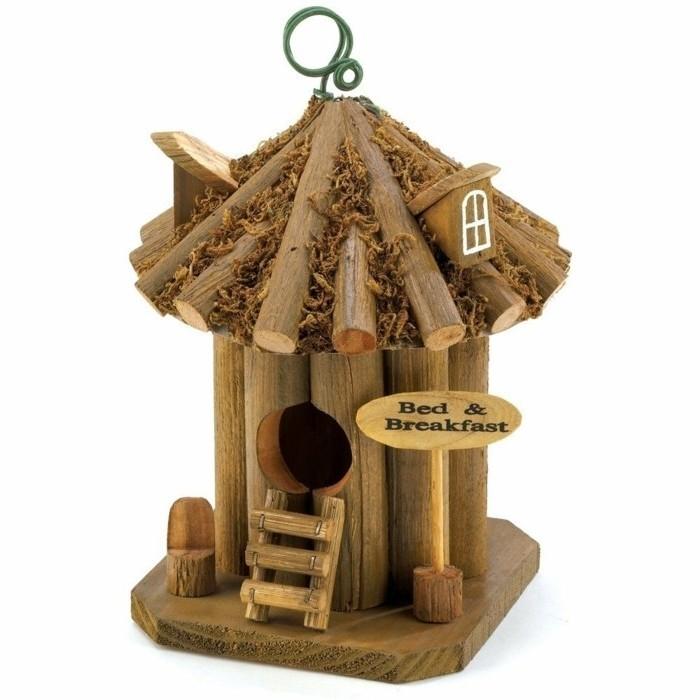 vogelfutterhaus-selber-bauen-man-kann-sehr-leicht-ein-vogelfutterhaus-selber-bauen