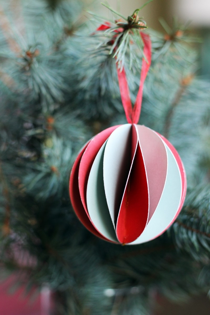 weihanchtsbaum schmücken, diy ideen zum weihanchten, weihnachtsbasteln mit papier