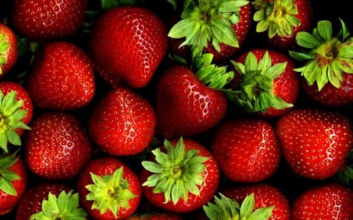 detox-entgiftung-erdbeeren
