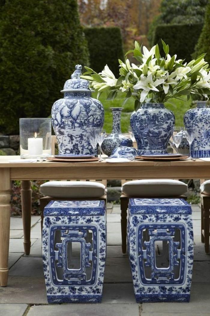 Asiatische-Tischdeko-mit-thematischen-Stühlen