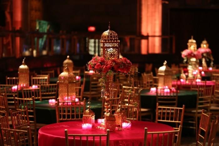 Asiatische-Tischdekoration-in-einem-Restaurant