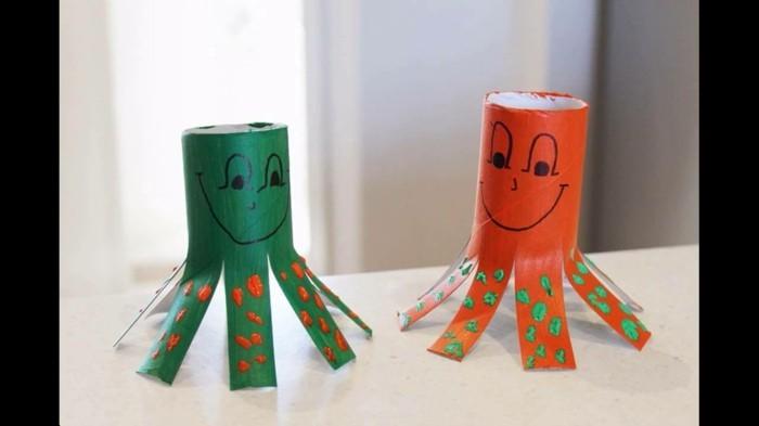 Bastelideen-mit-Klopapierrollen-zwei-einfachere-Achtfüßler