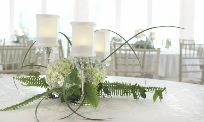 Bilder-Tischdeko-in-weißer-Farbe