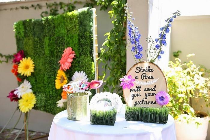 Deko-Gartenparty-Ein-kreatives-Design