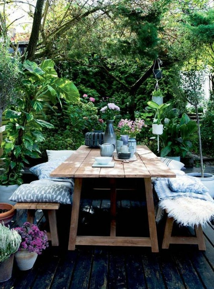 Deko-für-Terrasse-so-viel-grüne-Pflanzen