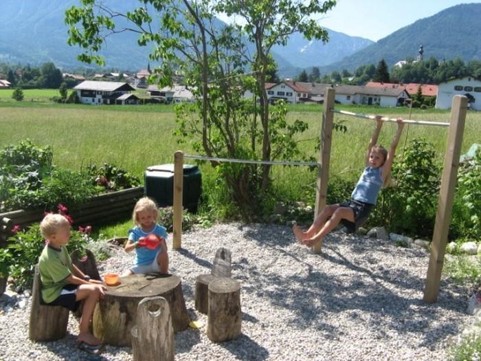 Gartengestaltung-Ideen-für-Kinder-Eine-auffällige-Dekoration
