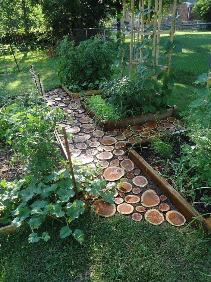 Gartenwege gestalten wie bauen wir einen steinpfad - Gartenweg bauen ...
