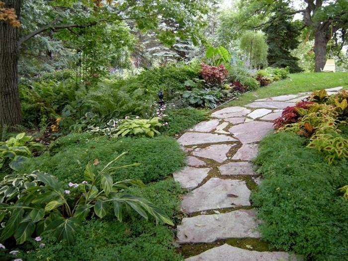 Gartenwege-gestalten-Eine-auffällige-Entscheidung