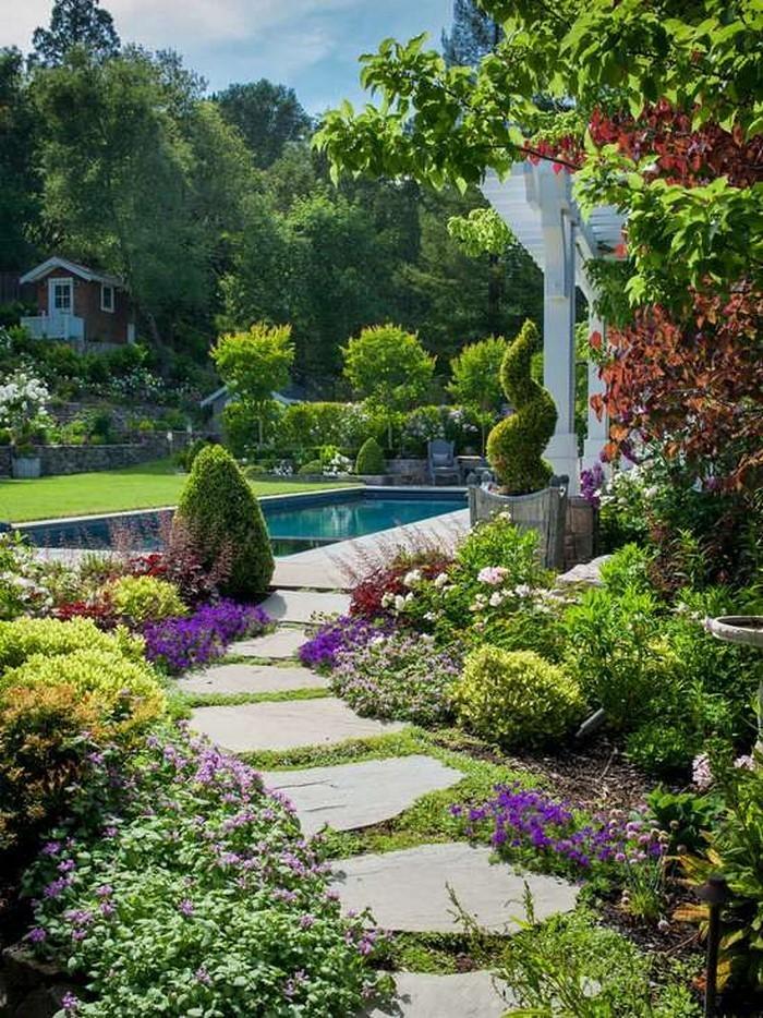 Gartenwege gestalten wie bauen wir einen steinpfad - Pool anlegen ...