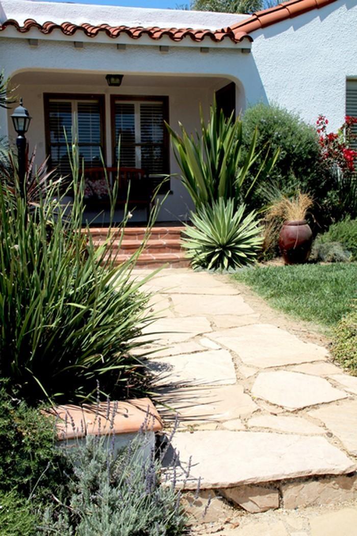 Gartenwege-gestalten-Eine-kreative-Ausstrahlung