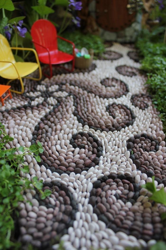 Gartenwege-gestalten-Eine-verblüffende-Ausstrahlung