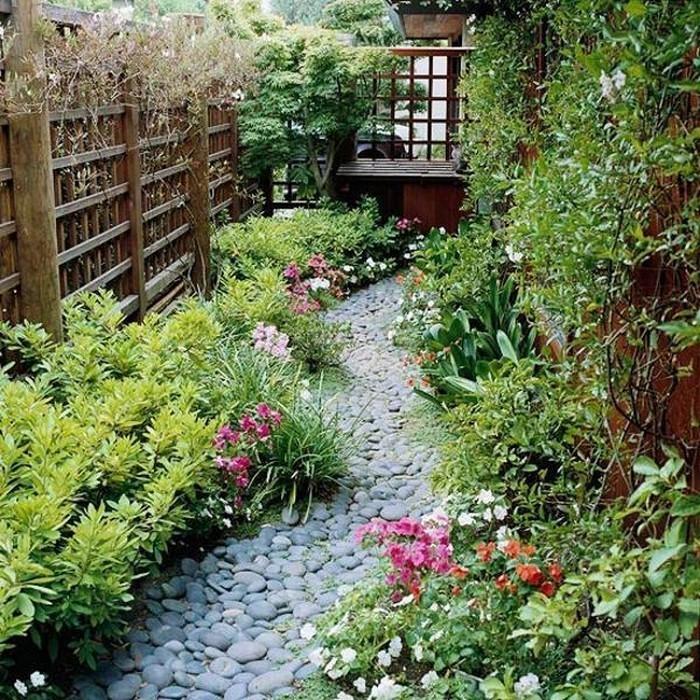 Gartenwege-gestalten-Eine-wunderschöne-Gestaltung