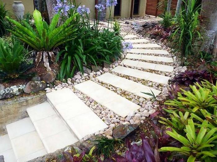 Gartenwege-gestalten-kreative-Gestaltung