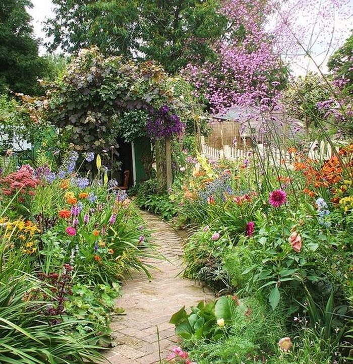 Gartenwege-gestalten-tolle-Entscheidung