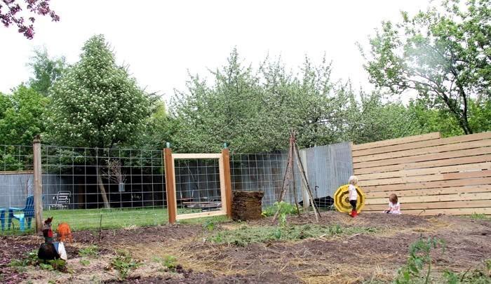 Gartenzaun-Sichtschutz-Eine-moderne-Deko