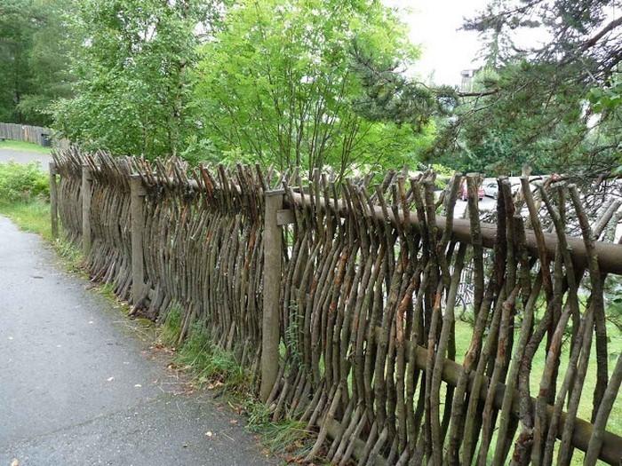 Gartenzaun-Sichtschutz-Eine-verblüffende-Gestaltung