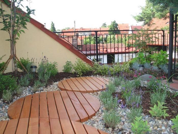 Gartenzaun-Sichtschutz-auffällige-Entscheidung