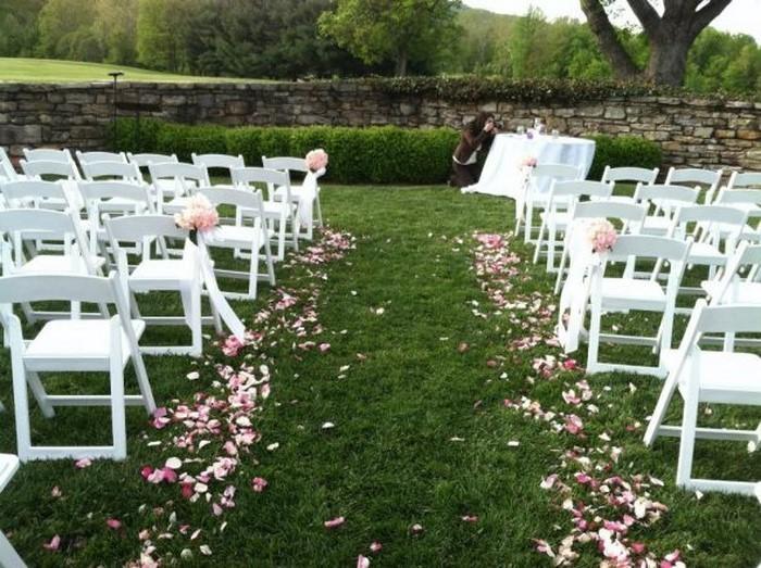 Heiraten-im-Garten-Eine-auffällige-Gestaltung