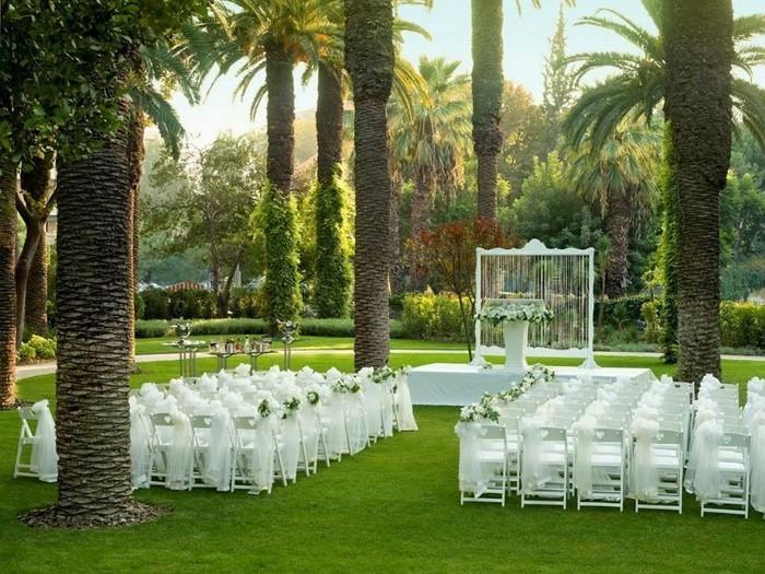 Heiraten-im-Garten-Eine-coole-Gestaltung