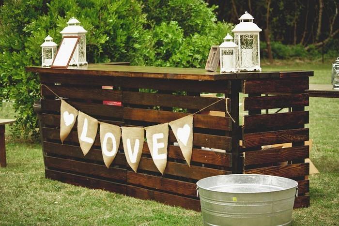 Heiraten-im-Garten-Eine-kreative-einrichtung