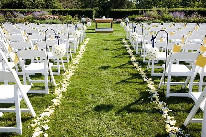 Heiraten-im-Garten-Eine-super-Gestaltung