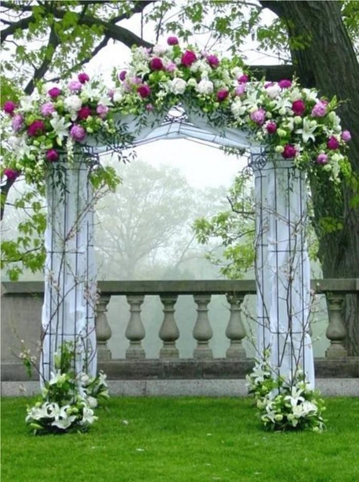Heiraten-im-Garten-Eine-verblüffende-Atmosphäre