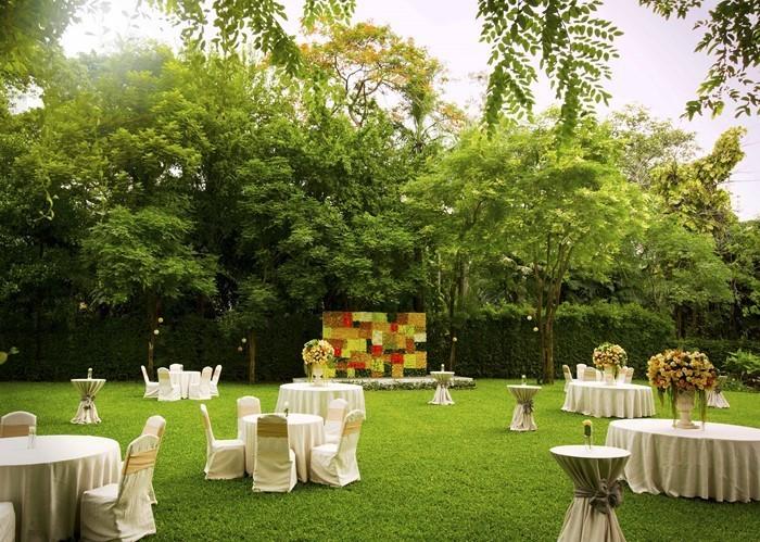Heiraten-im-Garten-außergewöhnliches-Exterieur