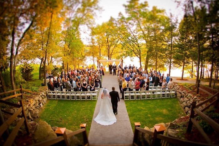 Heiraten-im-Garten-auffälliges-Exterieur