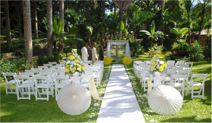 Heiraten-im-Garten-verblüffendes-Design