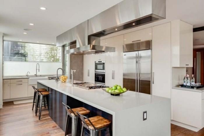 Jede Küche sieht ganz schön mit Tresen aus!