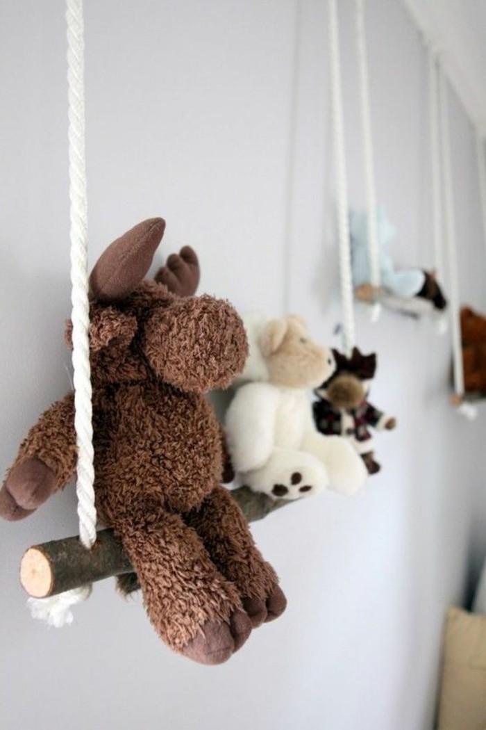 Kinderzimmer-Deko-selber-machen-Schaukel-für-die-Kuscheltiere