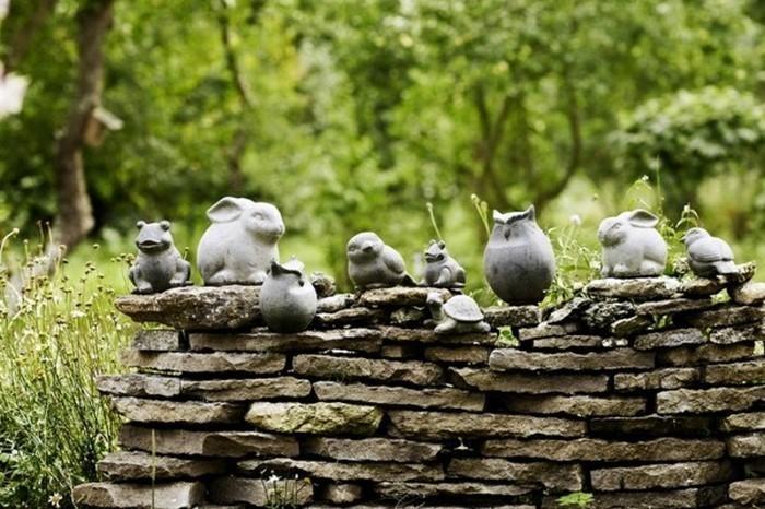 Lustige-Gartenfiguren-Eine-außergewöhnliche-Gestaltung