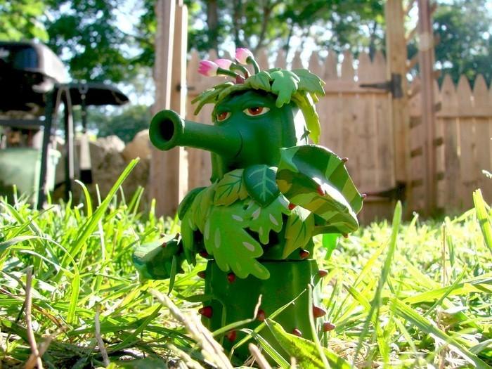 Lustige-Gartenfiguren-Eine-kreative-Ausstattung