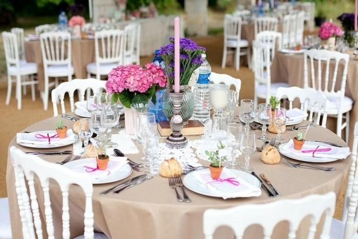 Romantisch-Dekorieren-mit-rosa-Kerze