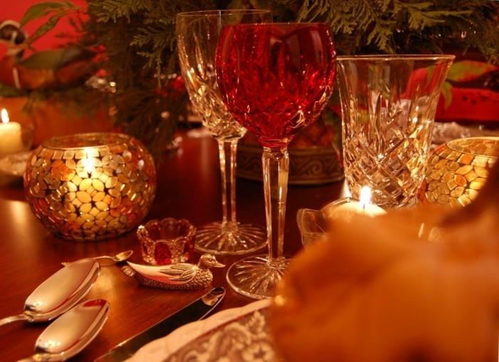 Romantische-Tischdeko-ist-ganz-elegant