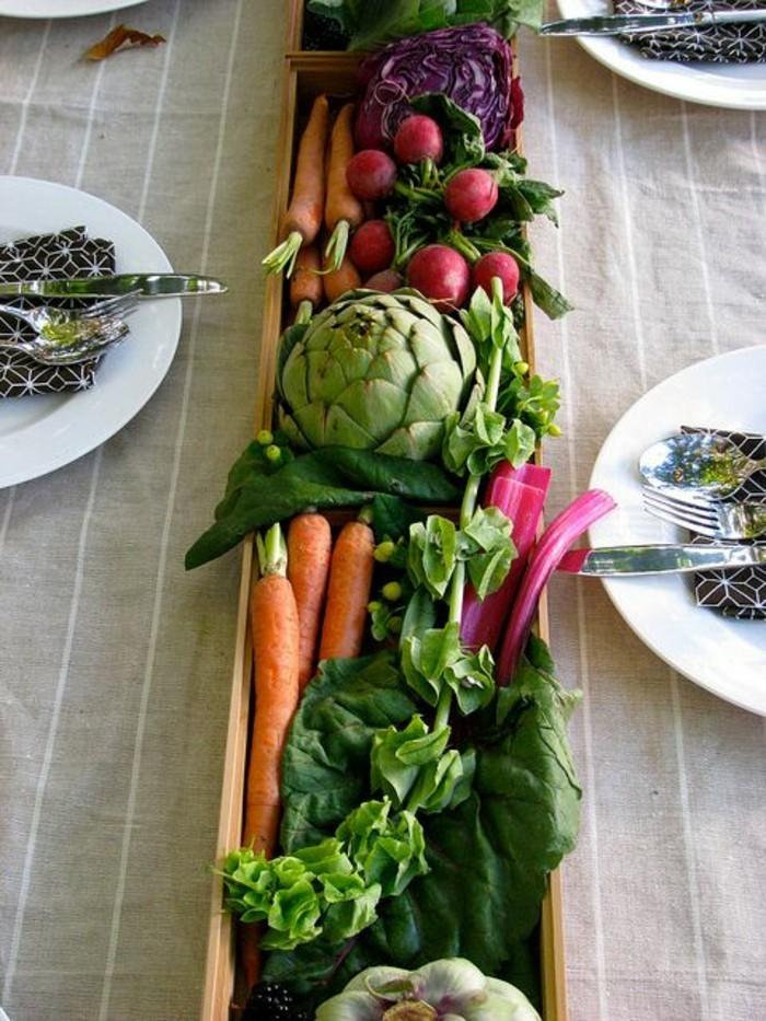 Schöne-Tischdeko-aus-verschiedenem-Gemüse