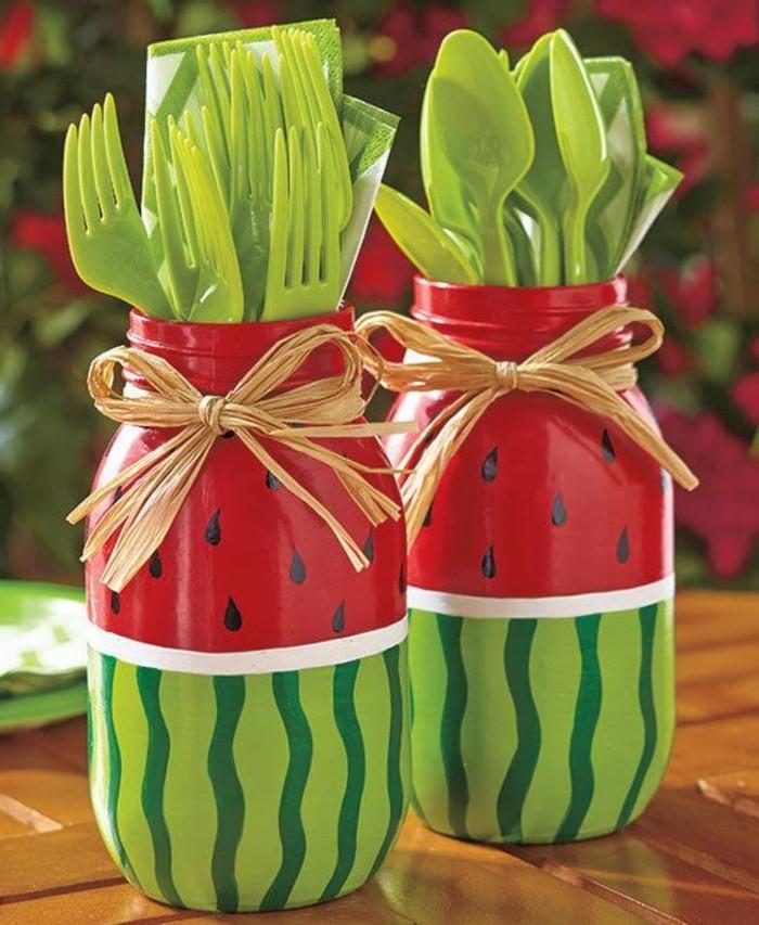 Sommer-Dekoration-basteln-Gläser-wie-Wassermelonen