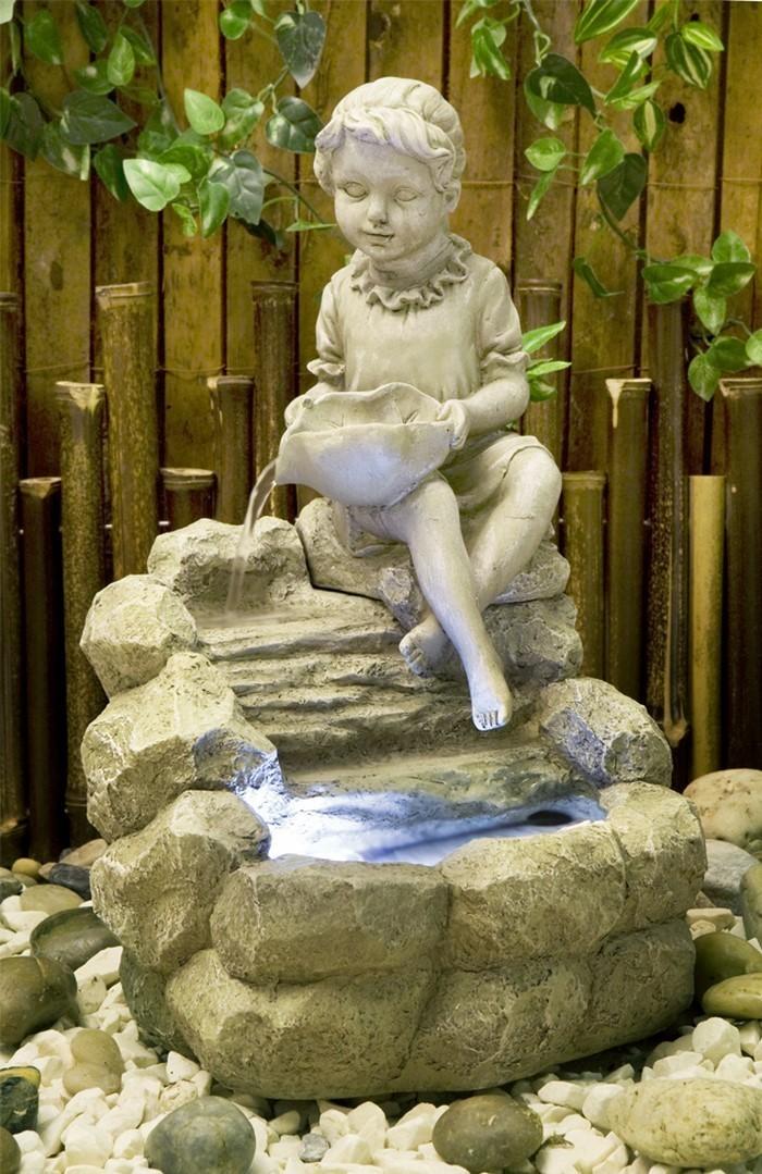 Springbrunnen-im-Garten-Eine kreative einrichtung