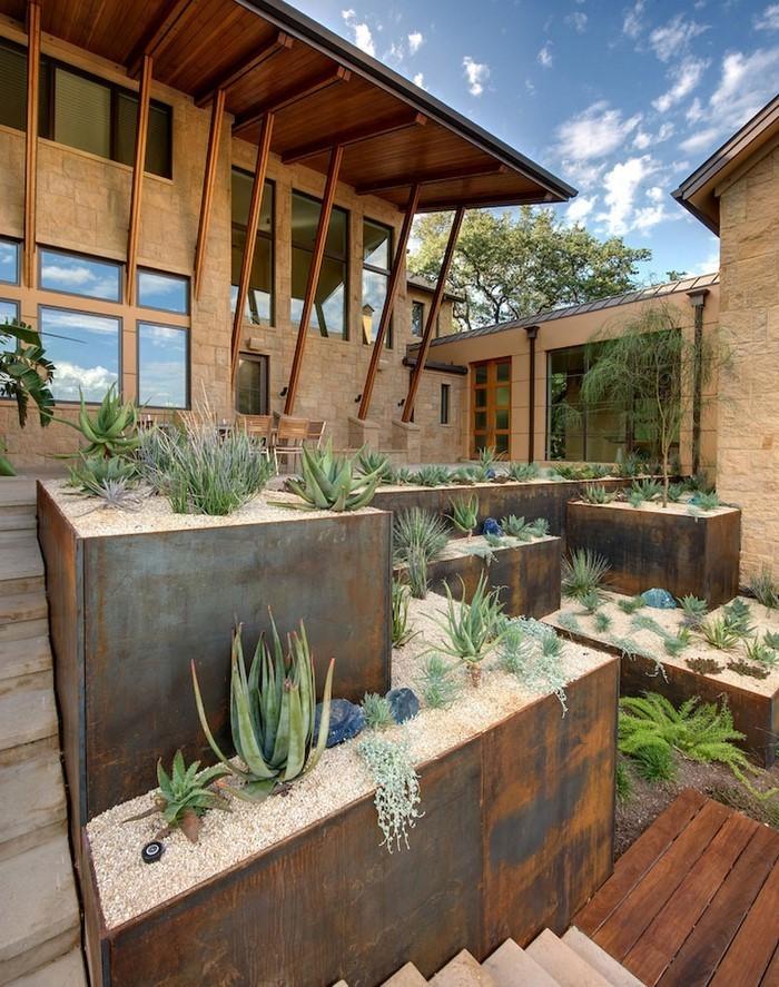 Terrasse-bauen-Eine-kreative-Deko