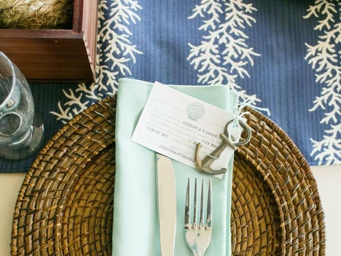 Tischdeko-Beispiele-mit-einem-kleinen-Anker