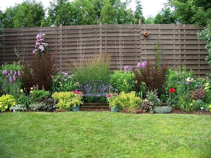 Vorgarten-gestalten-Eine-außergewöhnliche-Deko