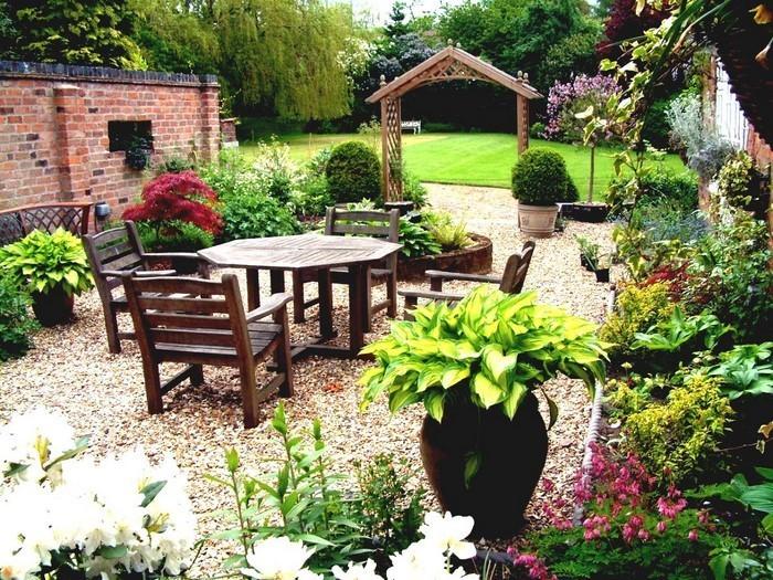 Vorgarten-gestalten-Eine-auffällige-Ausstrahlung