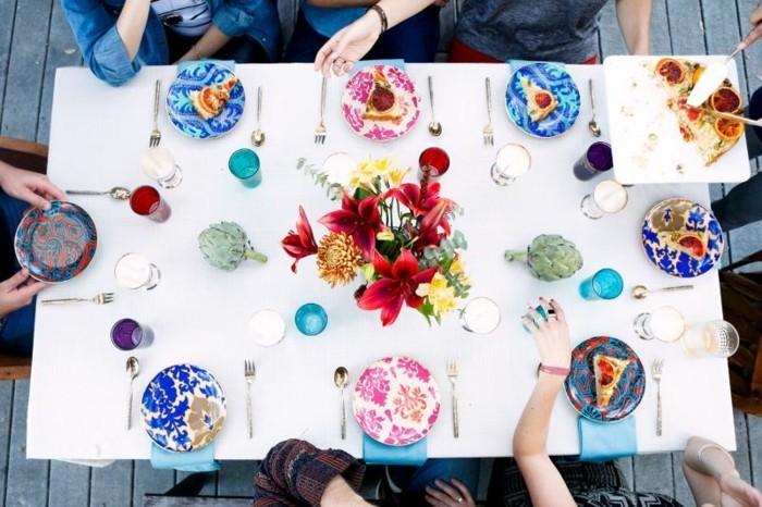außergewöhnliche-Tischdeko-jede-Teller-ist-verschieden